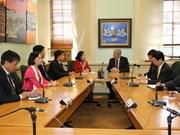 越共中央民运部长张氏梅对新西兰进行工作访问
