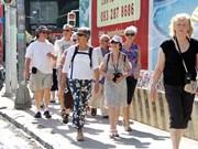 10月份越南接待国外游客量继续达100万人次以上