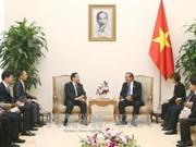 政府常务副总理张和平会见中国公安部常务副部长傅政华