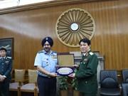 进一步加强越印国防合作关系
