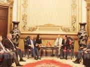 胡志明市领导会见鞑靼斯坦总统鲁斯塔姆