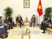 越南与波兰加强教育和科技合作