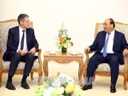 阮春福总理会见法国和澳大利亚集团领导