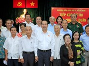 陈大光接待胡志明市选民:反腐工作要持之以恒的坚持下去