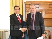 新西兰愿加强与越南的合作关系