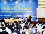 阮春福:越南政府努力兑现国际承诺 大力推进经济改革