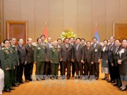 老挝人民革命党中央总书记、国家主席本扬·沃拉吉会见越老友好协会代表团