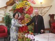 越南党国家领导圣诞节前走访慰问宗教界人士