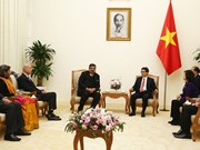 越南政府副总理武德儋会见国际SOS儿童村组织主席悉达多•考尔