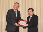 胡志明市与越南欧盟商会加强合作