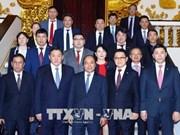 越南政府总理阮春福会见蒙古国家大呼拉尔主席米耶贡布·恩赫包勒德