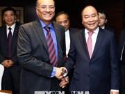 政府总理阮春福会见印度一流企业和集团领导