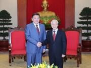 越共中央总书记阮富仲会见蒙古国家大呼拉尔主席