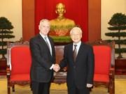 越共中央总书记阮富仲会见美国国防部代表团