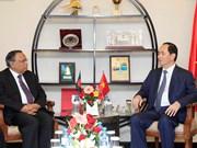 陈大光主席会见孟加拉国外长  走访越南驻孟大使馆