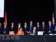 越南政府总理阮春福出席越捷航空公司与澳大利亚直航航线签字仪式