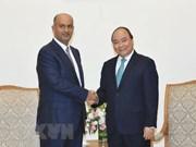 越南政府总理阮春福会见阿曼商业与工业大臣阿里·苏奈迪