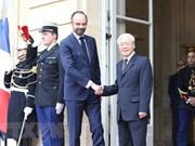 越共中央总书记阮富仲会见法国总理爱德华·菲利普