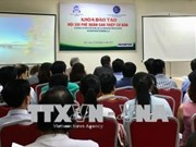 法国专家协助越南医生提高呼吸内境介入治疗技术