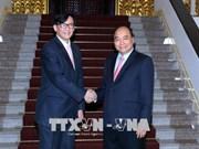 越南政府总理阮春福会见泰国驻越大使马诺斋•旺帕迪