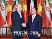 越南政府总理阮春福会见伊朗伊斯兰共和国议会议长阿里•拉里贾尼