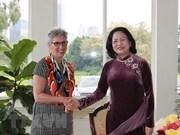 国家副主席邓氏玉盛与澳大利亚维多利亚州领导进行双边会晤