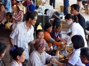 越柬加快旅居柬埔寨越南人行政和法律手续办理进度