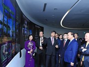 阮春福总理希望新加坡同越南分享物流服务领域的经验