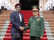 加拿大国防部长哈吉特·萨吉安对越南进行正式访问