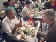 与奥巴马在河内一起吃烤肉米线的名厨——安东尼·波登自杀身亡