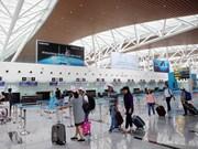 越南全国各航空港旅客客流量持续猛增