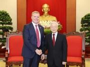 越共中总书记阮富仲会见澳大利亚众议院议长托尼•史密斯
