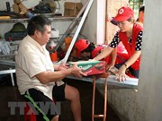 """全国人民积极响应""""为洪涝灾害受灾群众伸出援手""""短信捐款活动"""