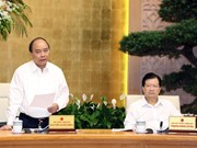 越南政府总理阮春福主持召开政府体制建设专题会议