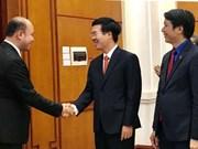 越共中央宣教部部长武文赏会见柬埔寨青年联合会高级代表团