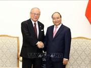 越南政府总理阮春福会见日越友好议员联盟特别顾问武部勤