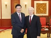 越共中央总书记阮富仲会见老挝总理通伦