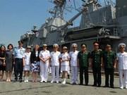 新西兰皇家海军护卫舰对越南进行友好访问