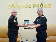 越南与俄罗斯和菲律宾加强防务合作