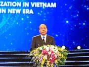 阮春福总理:越南承诺继续改善投资环境  与国际标准接轨