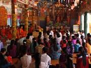 后江和朔庄两省高棉族同胞欢喜迎接报孝节