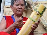 倾力维护拉格莱族传统文化的某红泰长老