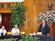 阮春福总理指示承天顺化省重视解决京城遗迹内被迁移的居民的就业问题
