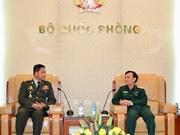 越南与柬埔寨军队加强通信联络合作