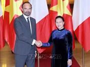 越南国会主席阮氏金银会见法国总理爱德华•菲利普