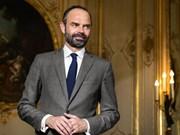 法国总理对越南进行正式访问