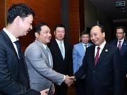 政府总理阮春福会见中国各大集团领导