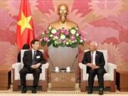 越南国会副主席汪周刘会见中国全国人大宪法和法律委员会代表团