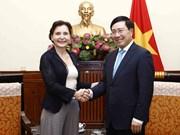 政府副总理范平明会见即将离任的意大利驻越大使