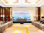 越中促进合作关系 为世界和地区繁荣作出贡献